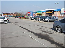 SE4422 : Park Road Retail Park, Pontefract by Ian Russell
