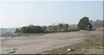 SH5571 : Muddy inlet east of Ynys Tysilio/Church Island by Eric Jones
