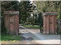 SO9476 : Gates to Fairfield Court by Geoff Gartside