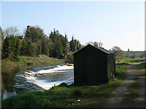 N9070 : Weir on the Boyne at Ardmulchan / Dunmoe by JP
