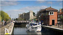 SK7953 : Newark Town Lock and Castle by Peter Tarleton