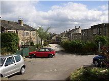 SE1321 : Stonelea Drive, Rastrick by Humphrey Bolton