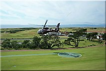 NS2005 : Turnberry Hotel's front lawns. by Elliott Simpson