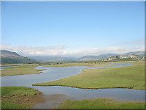 SH5838 : Afon Glaslyn o'r Cob by Eric Jones