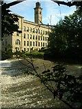SE1438 : Salts Mill by John Haig