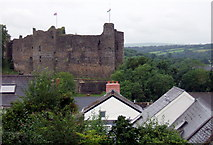 SM9515 : The castle from Hill Lane by ceridwen