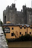 R4560 : Castle and pub by Paul O'Farrell