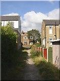 SE1421 : Footpath off Woodhouse Lane, Rastrick by Humphrey Bolton