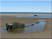 O1674 : Shipwreck on Mornington Strand, Co. Meath by Kieran Campbell