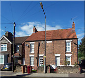 SE8912 : Cottages on Old Crosby by David Wright