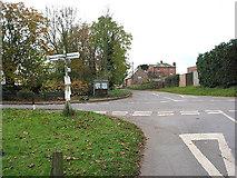 SO5628 : Kings Caple Crossroads by Pauline E