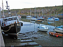 NO8785 : Stonehaven harbour at low tide by Alan Findlay