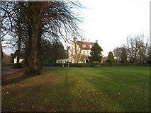 SE3092 : Village Green, Scruton by Gordon Hatton