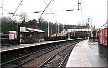 SE1537 : Shipley Station Platforms by Betty Longbottom