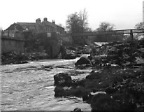 SE0063 : Linton Falls and the Tin Bridge by Dr Neil Clifton
