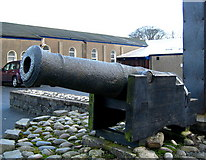 J5081 : Little cannon, Bangor Abbey by Rossographer