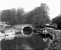 SD9151 : Williamson's Bridge 162, Leeds and Liverpool Canal by Dr Neil Clifton