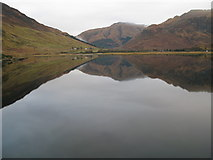 NG9420 : Loch Duich by jerry sharp