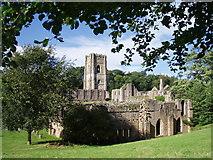 SE2768 : Abbey Ruins by J Scott