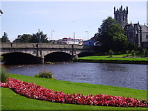 NT3472 : Town Bridge over River Esk at Musselburgh, Scotland by James Denham