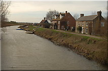 TL4785 : Cottages Near the Old Bedford River by dennis smith