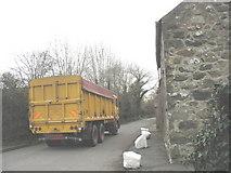 SH3537 : Heavy traffic on the main street of Llannor by Eric Jones