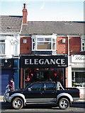 TA0831 : 156 Newland Avenue, Hull by Ed O'Hare