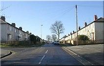 SE2040 : Westfield Avenue - New Road by Betty Longbottom