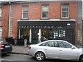 O1732 : Expresso Bar Café, St. Mary's Road, Ballsbridge by Harold Strong