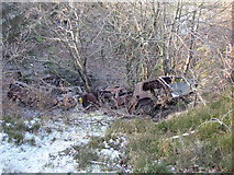 SE1322 : Dumped cars in an old quarry, Reins Wood, Rastrick by Humphrey Bolton