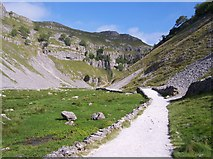 SD9163 : Entrance to Gordale Scar by Raymond Knapman
