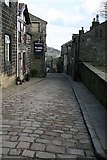 SD9828 : Towngate, Heptonstall by Steve Partridge