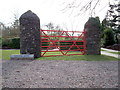 J0458 : The Kissing Gate by P Flannagan