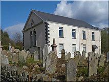 ST1897 : Penmain Chapel and gravestones by Robin Drayton
