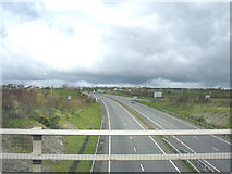 SH4473 : A pretty empty A55 at 10.00hrs on a Monday morning by Eric Jones