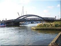 TM4599 : St Olaves Bridge by Maigheach-gheal