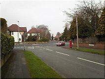 SO9095 : Junction of Sandringham Road and Mount Road ,Penn. by Annette Randle