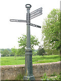 TQ1773 : Signpost on the Thames Path, Petersham by Stephen Craven