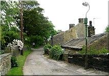 SE1321 : Field Lane - Rastrick by Betty Longbottom