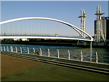 SJ8097 : Lowry Bridge over the Manchester Ship Canal by Slbs