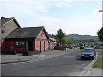 O0726 : Down Bawnlea Avenue by Ian Paterson