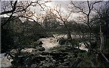 SE0063 : Linton Falls, River Wharfe by Dr Neil Clifton