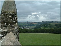 SX4268 : Looking towards Calstock Railway viaduct from Cotehele prospect tower by Simon Huguet