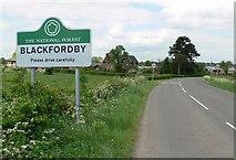 SK3217 : Blackfordby Lane enters Blackfordby, Leicestershire by Mat Fascione