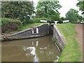 SO9868 : Worcester & Birmingham Canal - Lock 48 by John M
