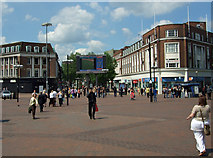 TA0928 : Queen Victoria Square, Hull by David Wright