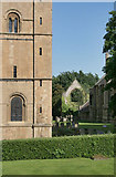 SK7053 : Southwell Minster and Palace ruins by Alan Murray-Rust