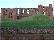 SP2772 : Great Hall , Kenilworth castle by Nigel Mykura