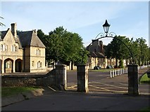 SP3509 : Gateway onto Church Green, Witney by Derek Harper