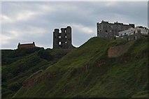 TA0489 : Scarborough Castle by Steve  Fareham
